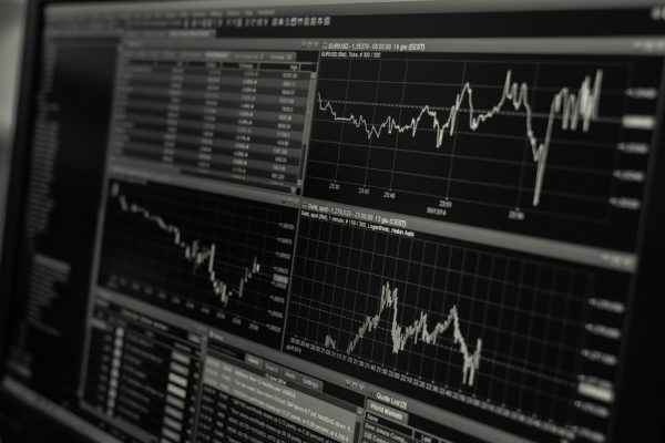 Side-on photo of stocks on a monitor